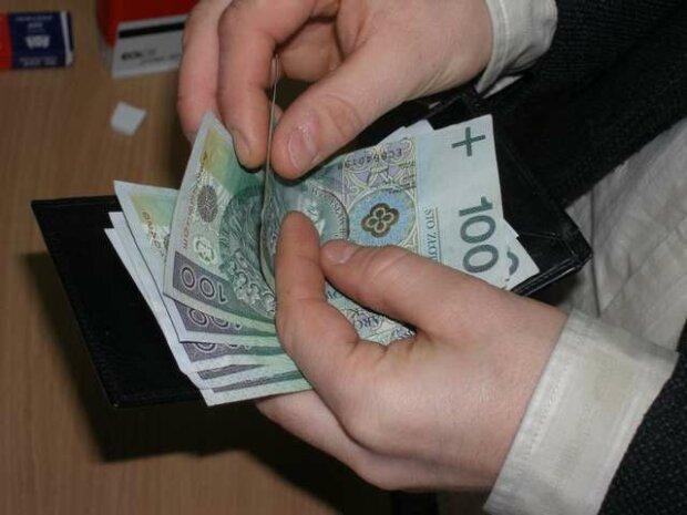 Przepisy gwarantujące dodatkowe środki. Każdy pracodawca musi wypłacić nagrody pieniężne