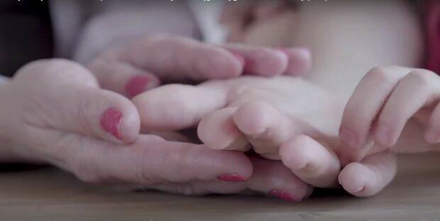 Dłonie, Youtube:  Domowe sposoby na zdrowie