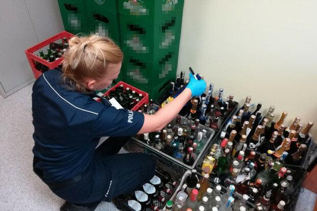 Zamienił dom w fabrykęalkoholu. W lubelskim zatrzymano 65 – letniego mężczyznę, który nielegalnie wytwarzał wysokoprocentowe trunki
