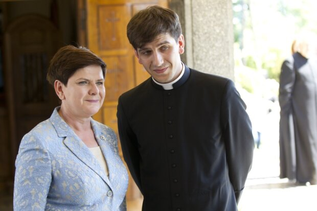 Syn Beaty Szydło był księdzem. Dlaczego Tymoteusz Szydło porzucił kapłaństwo