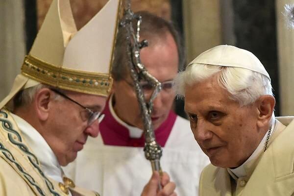 Benedykt XVI w ostrych słowach wypowiedział się o poczynaniach papieża Franciszka