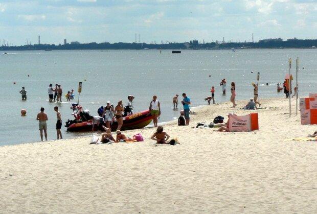 Tłumy nad polskim morzem/screen Flickr