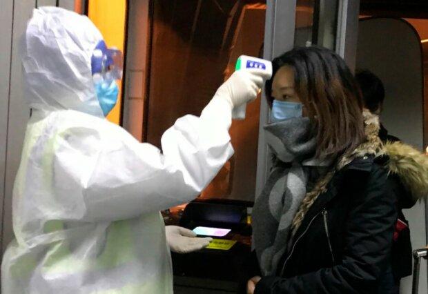 Polscy studenci wracają z Chin do Polski. Istnieje możliwość, że przywieźli ze sobą koronawirus, GIS ostrzega mieszkańców