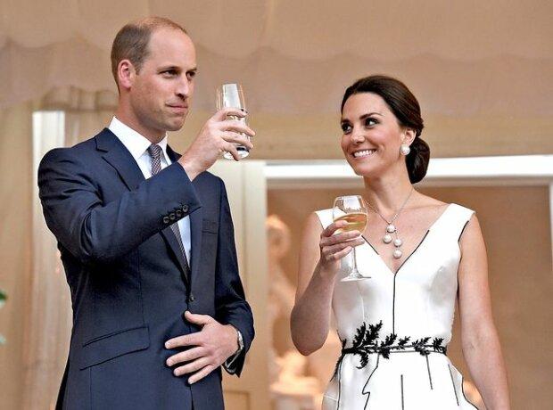 Księżna Kate zdradziła, co będzie z jej czwartym dzieckiem. Wypowiedź mocno poruszyła setkami obecnych na spotkaniu