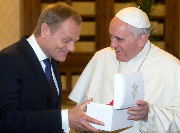 Tusk ujawnia szczegóły spotkania z papieżem. Mało kto wiedział, jak do niego doszło