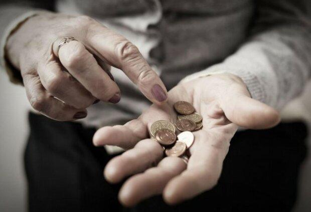 Może nie wystarczyć pieniędzy na przyszłoroczne emerytury. Seniorzy zaskoczeni, nikt nie spodziewał się tak wielkiej dziury w budżecie ZUS