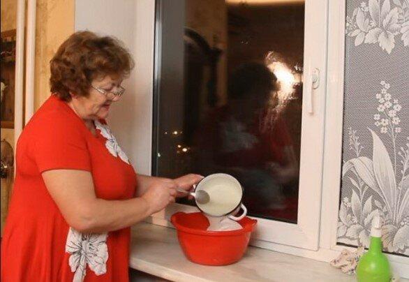 Dwa składniki i czyste okna w kilka sekund. Czego użyć
