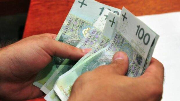 Nowy Rok oznacza więcej pieniędzy w kieszeniach Polaków. Odczuje to każdy