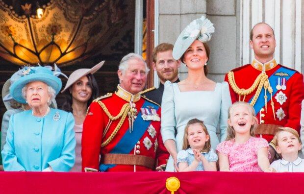Temat brytyjskiej rodziny królewskiej wywołuje wiele emocji. Co tym razem dzieje się w pałacu Buckingham