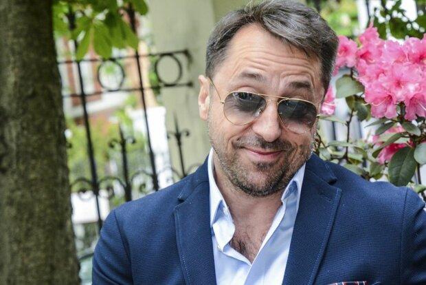 Luksusowe życie Marcina Millera. Jego fani nie mająpojęcia, ile zarabia wokalista