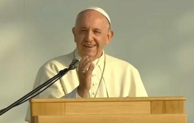 Ta kwestia rozbudza wyobraźnię milionów katolików na całym świecie. Zarobki papieża Franciszka nie są jednak takie, jak się wszystkim wydaje