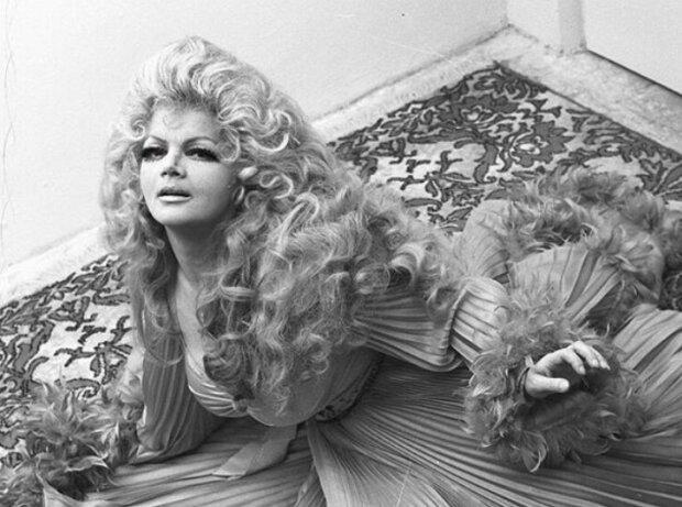 Królowa polskiej sceny zdradziła bardzo intymny sekret Violetty Villas. Fani legendarnej piosenkarki oburzeni słowami Maryli Rodowicz