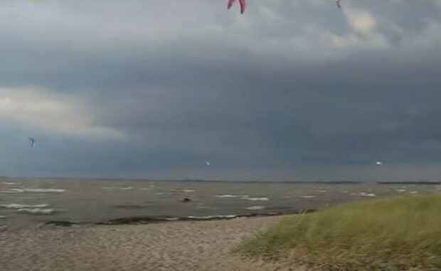 Brudna Prawda Zanieczyszczenie Bałtyku Youtube:  Łukasz B.
