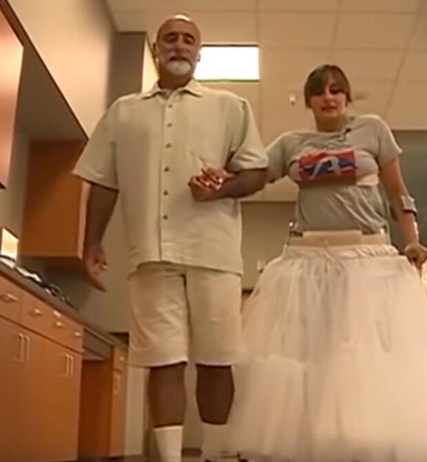 Ta kobieta dokonała niemożliwego! Mimo paraliżu, poszła do ołtarza na własnych nogach