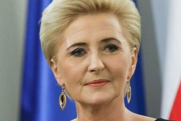 Agata Duda znów zachwyciła kreacją podczas spotkania z szefami Misji Dyplomatycznych