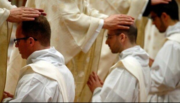 Polscy księża nie zapłacą składek na ZUS przez 3 miesiące/Twitter Vatican News