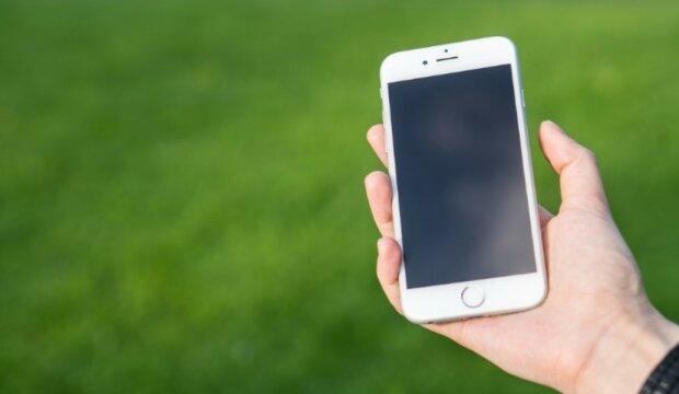 Zawsze pamiętaj, by wyłączać tę opcje w swoim telefonie, w przeciwnym razie możesz zapłacić kilka tysięcy złotych