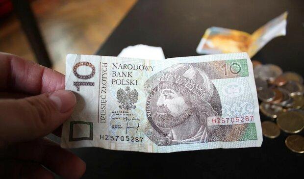 Za banknot o nominale 10 zł możesz otrzymać fortunę. Musisz tylko dokładnie przyjrzeć się swoim pieniądzom