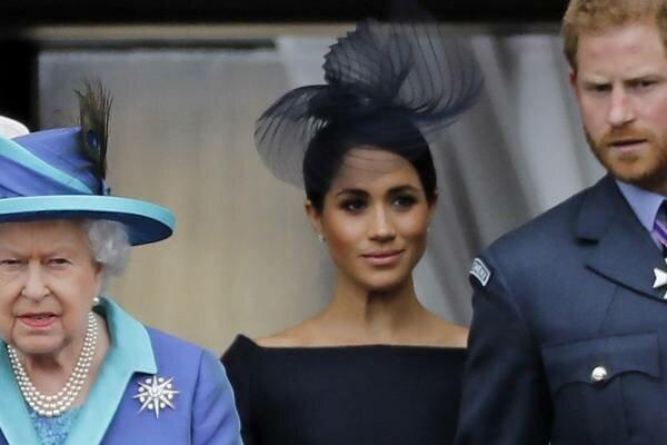 Tajemnicze spotkanie u królowej Elżbiety II w sprawie Meghan i Harrego. Wyciekły szczegóły zebrania
