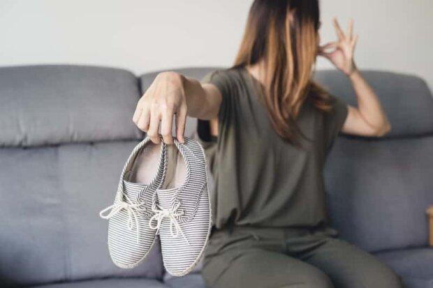 Jak pozbyć się niechcianego zapachu z butów. O tych prostych metodach nie wie prawie nikt