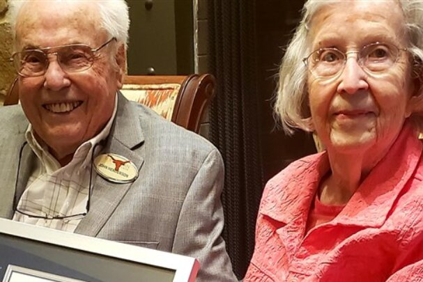 Oto najstarsze małżeństwo na świecie. Wkrótce będą świętować kolejną okrągłą rocznicę. Zdradzili receptę na szczęśliwe, wspólne życie