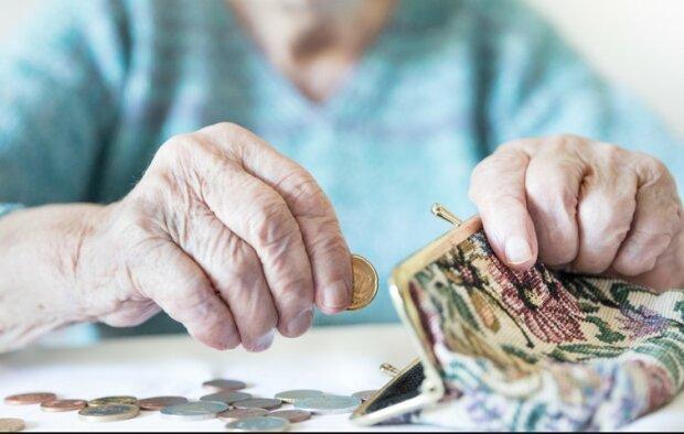 Tysiące emerytów znów poszkodowanych przez urzędnicze niedopatrzenie. Wielu seniorów otrzyma niższe świadczenie niż zakładano