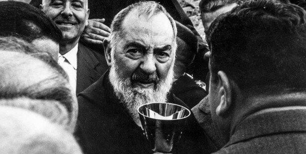 Ojciec Pio wiedział wszystko o końcu świata. Czy ludzkość zmierza ku końcowi