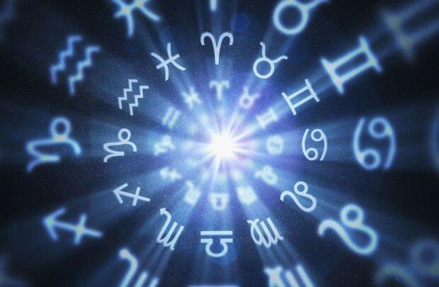 Z tymi trzema znakami zodiaku jest nam najbardziej po drodze. Ich przedstawiciele mają wyjątkowo zgodny charakter i są oddani innym ludziom