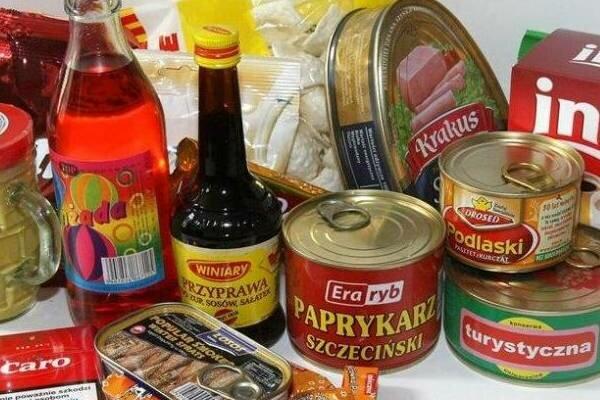 Smaki z PRL, za którymi tęsknimy. Na wspomnienie kultowych pyszności aż chciałoby się ich teraz spróbować