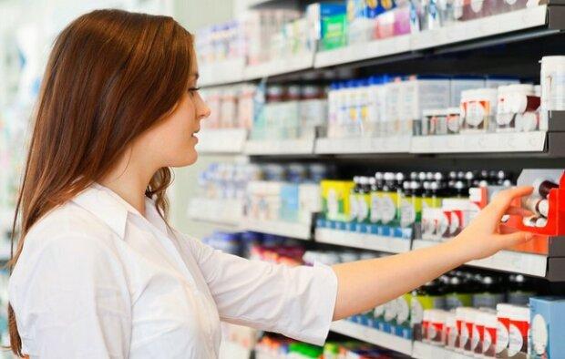 Główny Inspektorat Farmaceutyczny wycofał partię leków. Nie można ich zażywać