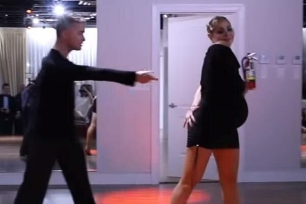 Ta kobieta jest w 9 miesiącu ciąży i nie chce przestać tańczyć! Wrzucony filmik podbija sieć