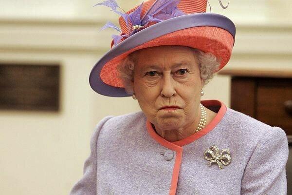 Elżbieta II poczuła się oszukana. Królowa nie może pogodzić się z tym, jak została potraktowana