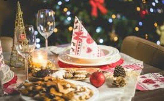 To naczelny symbol Bożego Narodzenia. Należy na niego uważać, kontakt z nim może mieć kiepskie skutki dla zdrowia