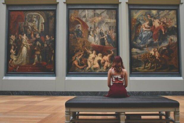 Czternaście muzeów w Paryżu opublikowało ponad 150 000 zdjęć swoich eksponatów