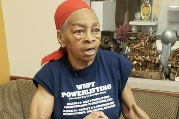 Nieprawdopodobne, w jaki sposób 82-letnia babcia poradziła sobie z napastnikiem! Kobieta została lokalną bohaterką