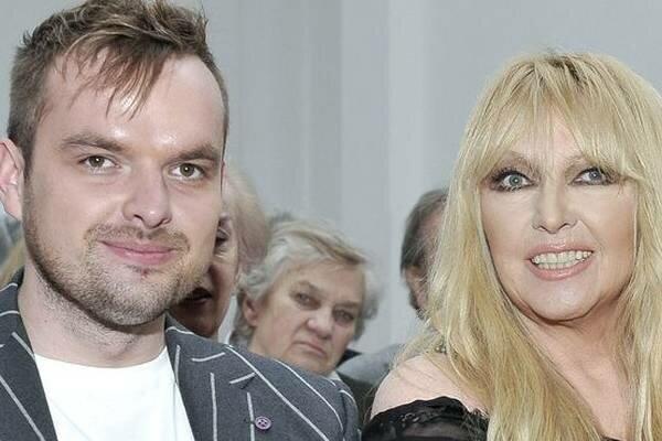 Syn Maryli Rodowicz to prawdziwy przystojniak. Jędrzej umawia się ze znaną blondynką