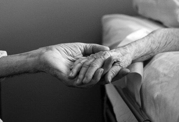 Taka miłość praktycznie się nie zdarza. Przeżyli razem 67 lat, w ostatnią drogę udali się razem