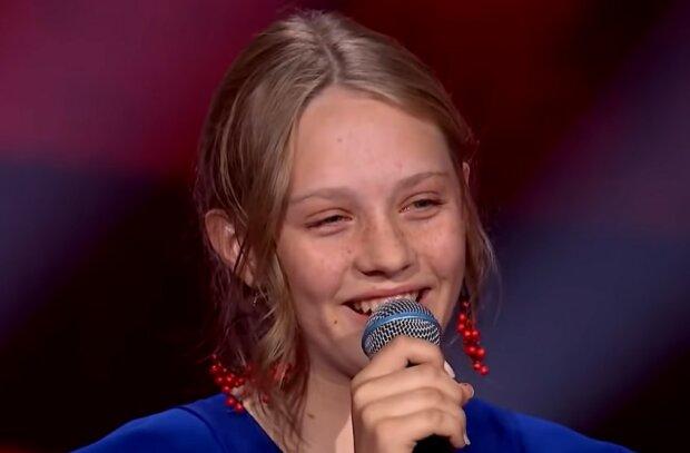 """Córka znanego wokalisty pojawiła się w """"The Voice Kids"""". Słychać, że talent odziedziczyła po sławnym ojcu"""