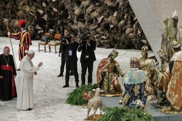 Papież Franciszek w stanowczy sposób skomentował współczesne podejście do symboli Bożego Narodzenia
