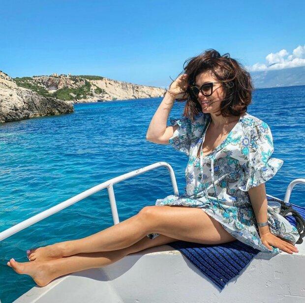 Odważne zdjęcia Katarzyny Cichopek podczas tropikalnych wakacji. Fani nie mogą oderwać wzroku od jej figury