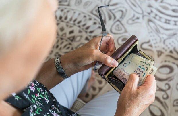 Trzynastki dla emerytów w przyszłym roku. Będą wypłacane wcześniej niż w 2019