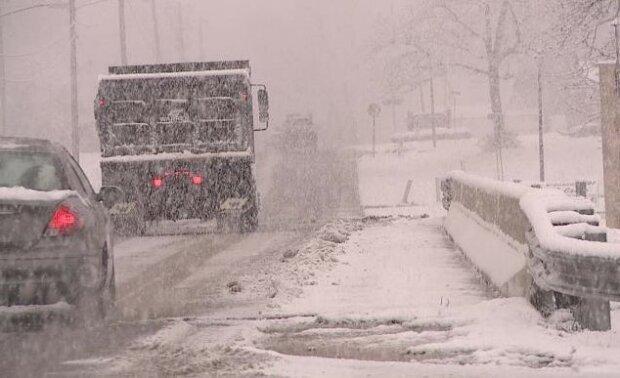 Gwałtowna zmiana pogody na południu Polski. Przez cały weekend trzeba uważać na drogach