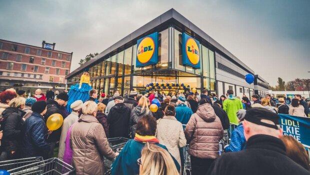 Wigilijne zakupy w Lidlu? Godziny otwarcia sklepów tej sieci w dniu 24 grudnia