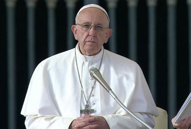 Papież Franciszek może mieć koronawirusa?/screen YouTube