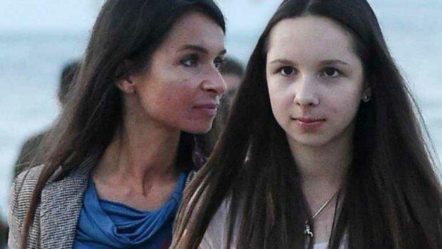 Córka Marty Kaczyńskiej niczym światowa gwiazda mody. Widać, że zna się na stylizacjach