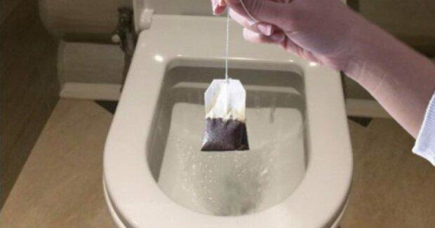 Sposób na lśniącą toaletę. Wystarczy tylko herbata