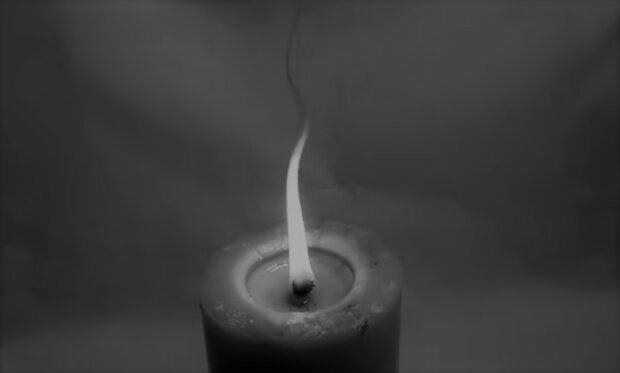 Płonąca świeca/YouTube @  Sklep Pszczelarski Socha - ApiArt.pl