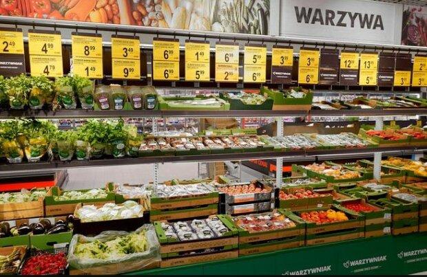 Znana sieć handlowa chce ograniczyć marnowanie żywności. Wprowadza specjalny program z myślą o środowisku i portfelach klientów