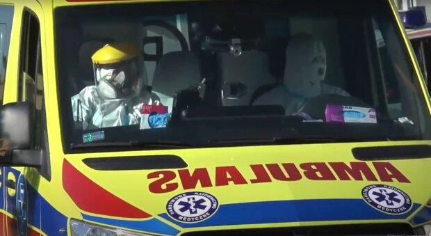Szpital, lekarze, karetka: Youtube: Chrzanowska Telewizja Lokalna