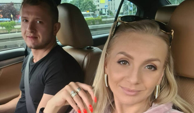 Dawid Narożny już po drugim ślubie! Panna Młoda założyła nietypową, czarną kreację. Burza w sieci